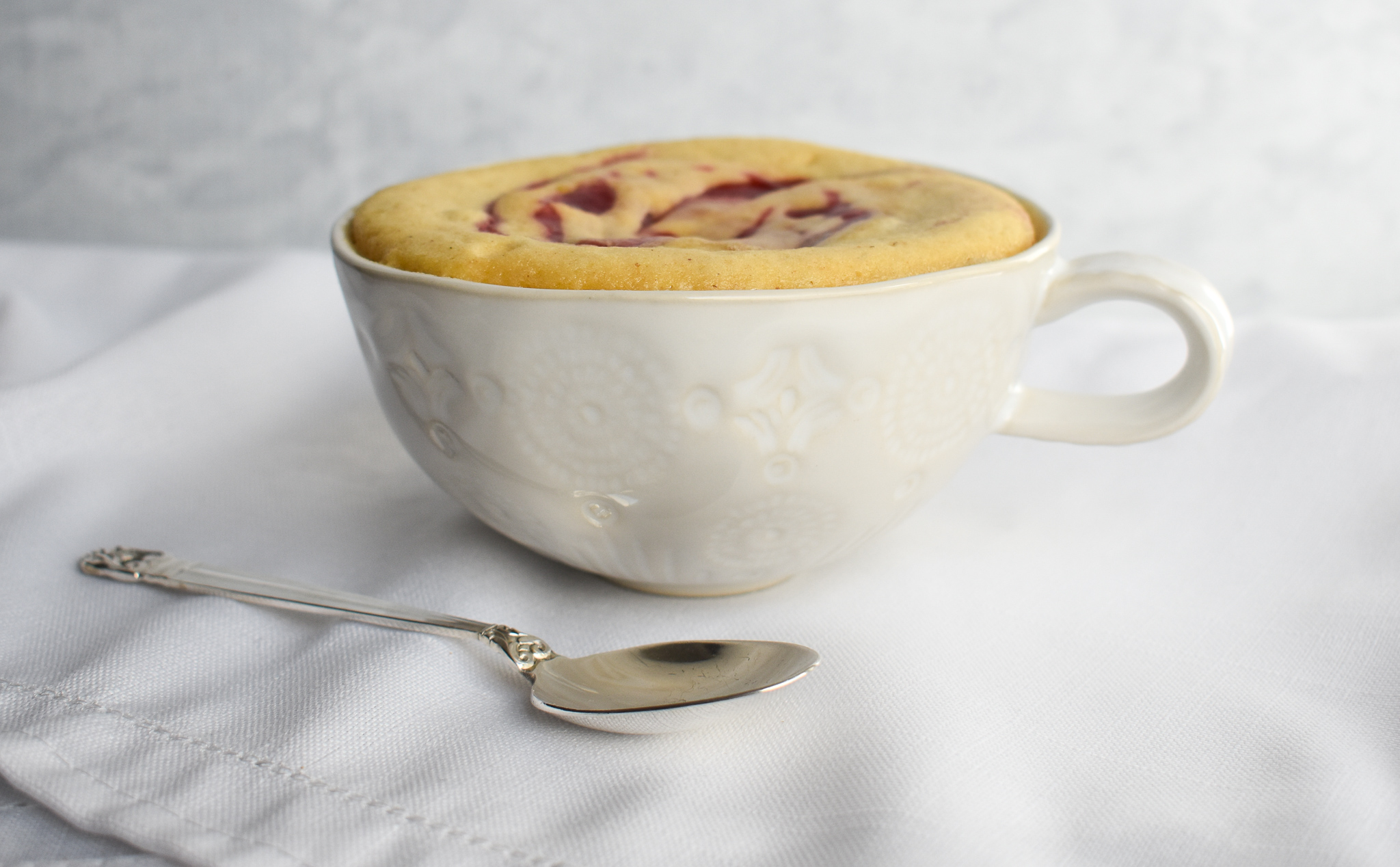 Low Fodmap 5 Minute Peanut Butter Jelly Mug Cake Gluten Free Dairy Free