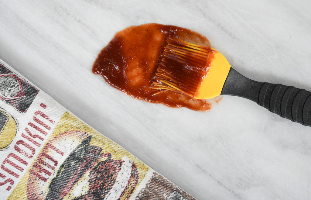 low fodmap barbecue sauce on brush